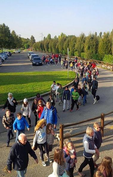 Nella settimana europea della mobilità sostenibile, a Bergamo «Camminando si impara»