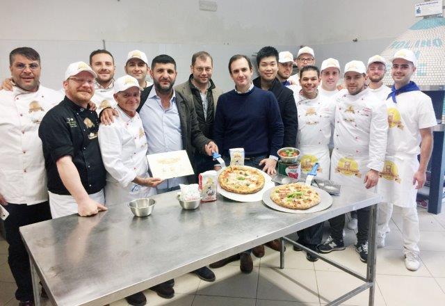 """""""PIZZA + AMORE"""" è l'evento di solidarietà regalato ai detenuti di Vallo"""