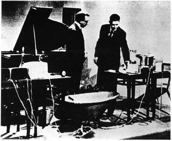 #eleven > John Cage: Luciano Maggiore | Enrico Malatesta | Renato Ciunfrini | live NerosuBianco