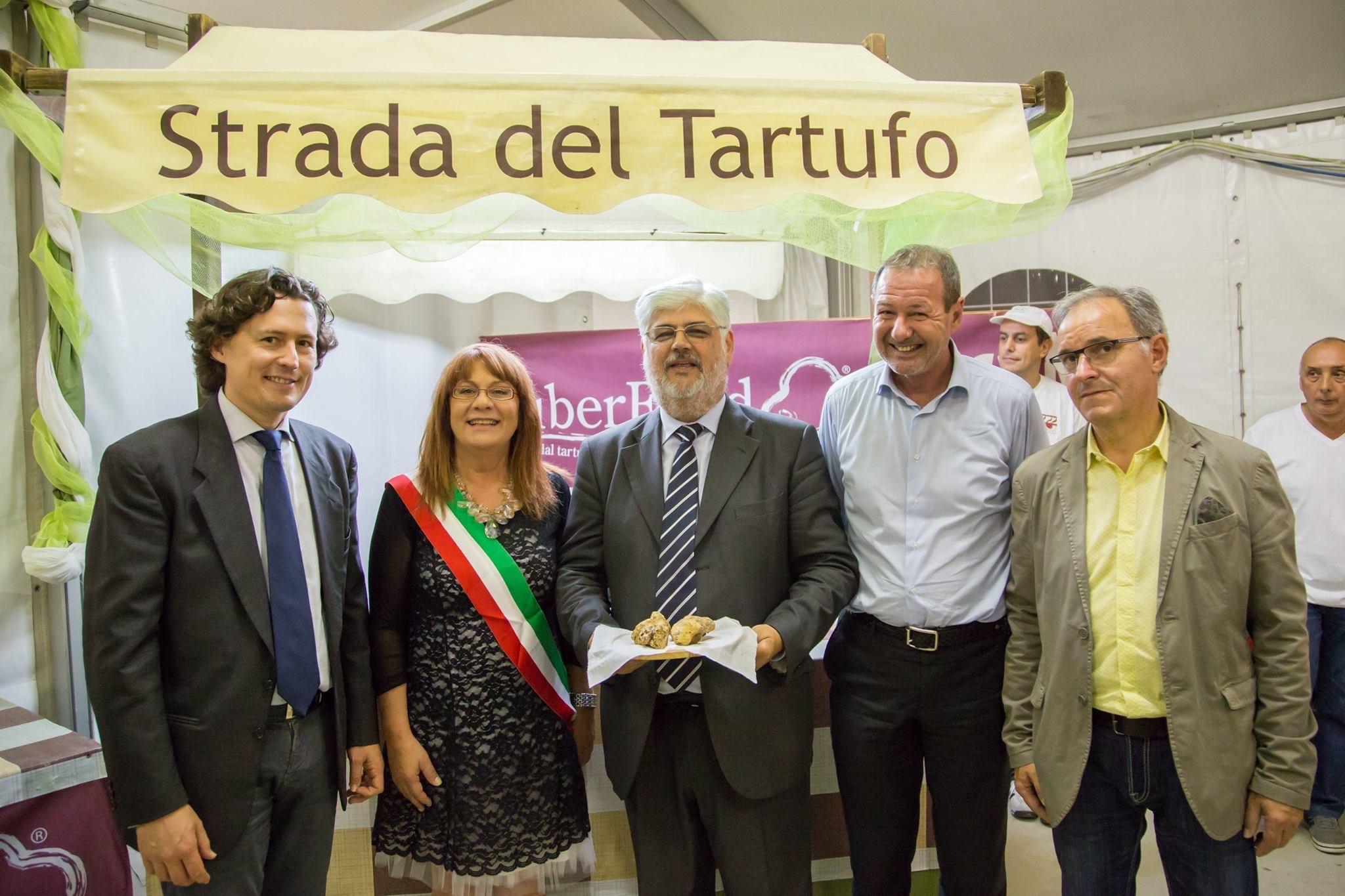 Marco Carra: Fiera Nazionale del Tartufo Bianco di Borgofranco Po