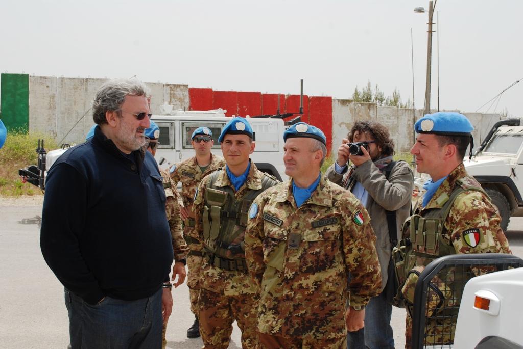 IL SINDACO DI BARI VISITA IL CONTINGENTE ITALIANO IMPEGNATO IN LIBANO