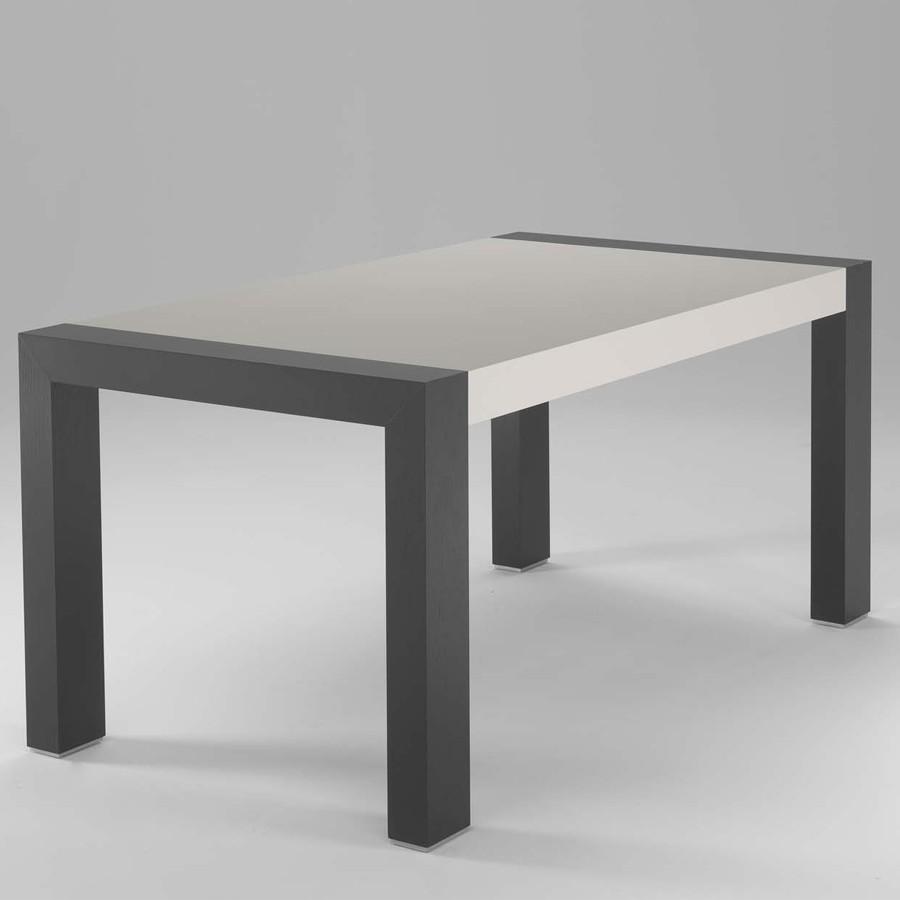 Arredas mette online una gamma di tavoli di design in legno for Tavoli design online