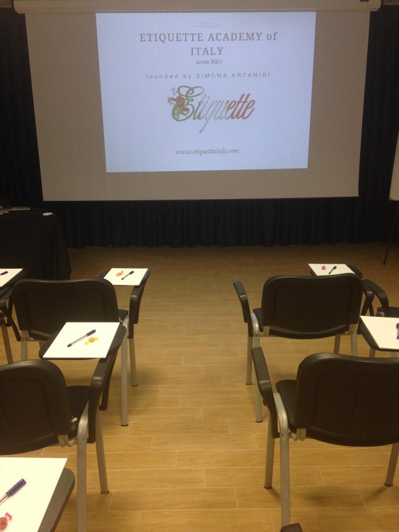 Affari e Galateo: si torna a scuola di Stile con i corsi di Etiquette Italy