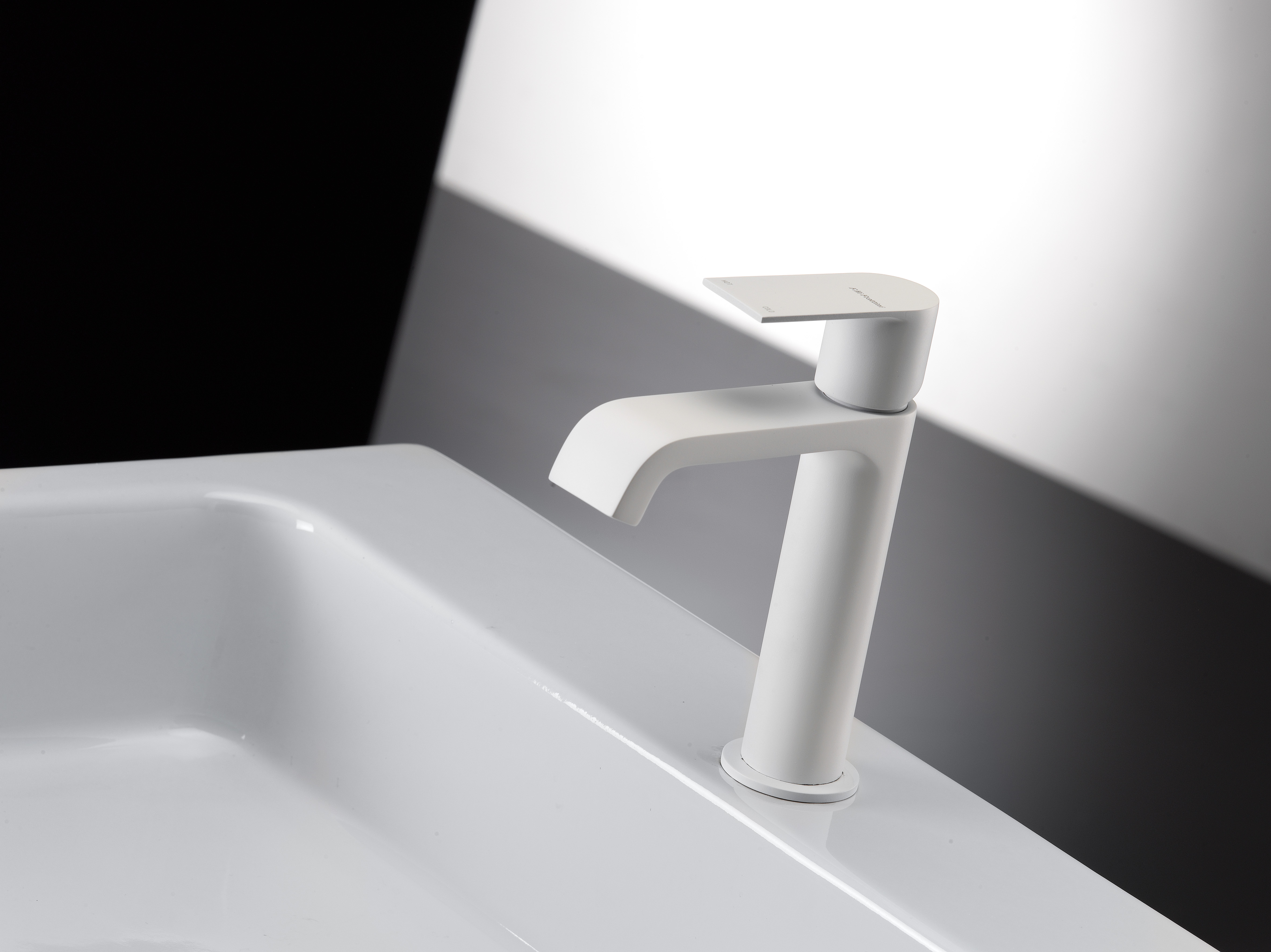 Lavabo Bagno Nero Prezzi : Lavabo bagno ferro battuto. Lavabo ...