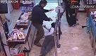 Bari: carabinieri e rapinatori faccia a faccia nel supermercato - La Repubblica