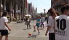 Milano, le ragazze del calcio in piazza: Belloli ignorante, deve andarsene - La Repubblica
