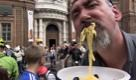 Le tagliatelle in piedi manifestano a Torino per i diritti di tutti - La Repubblica